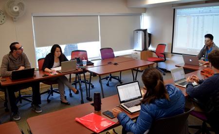 Shadi Matar attends class with Assistant Professor Nico Ravanilla